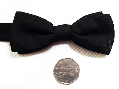Small black pure silk bow tie Everyday, formal or funeral wear NEW